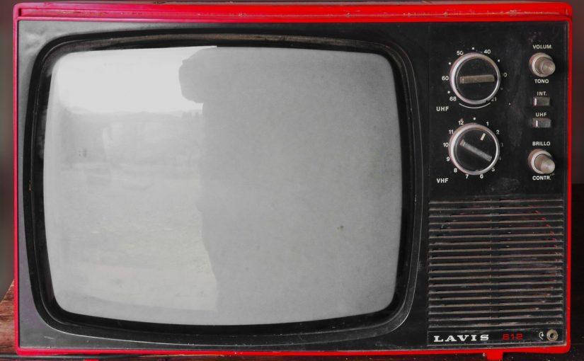 Wieczorny odetchnięcie przed telewizorem, lub niedzielne filmowe popołudnie, umila nam czas wolny ,a także pozwala się zrelaksować.